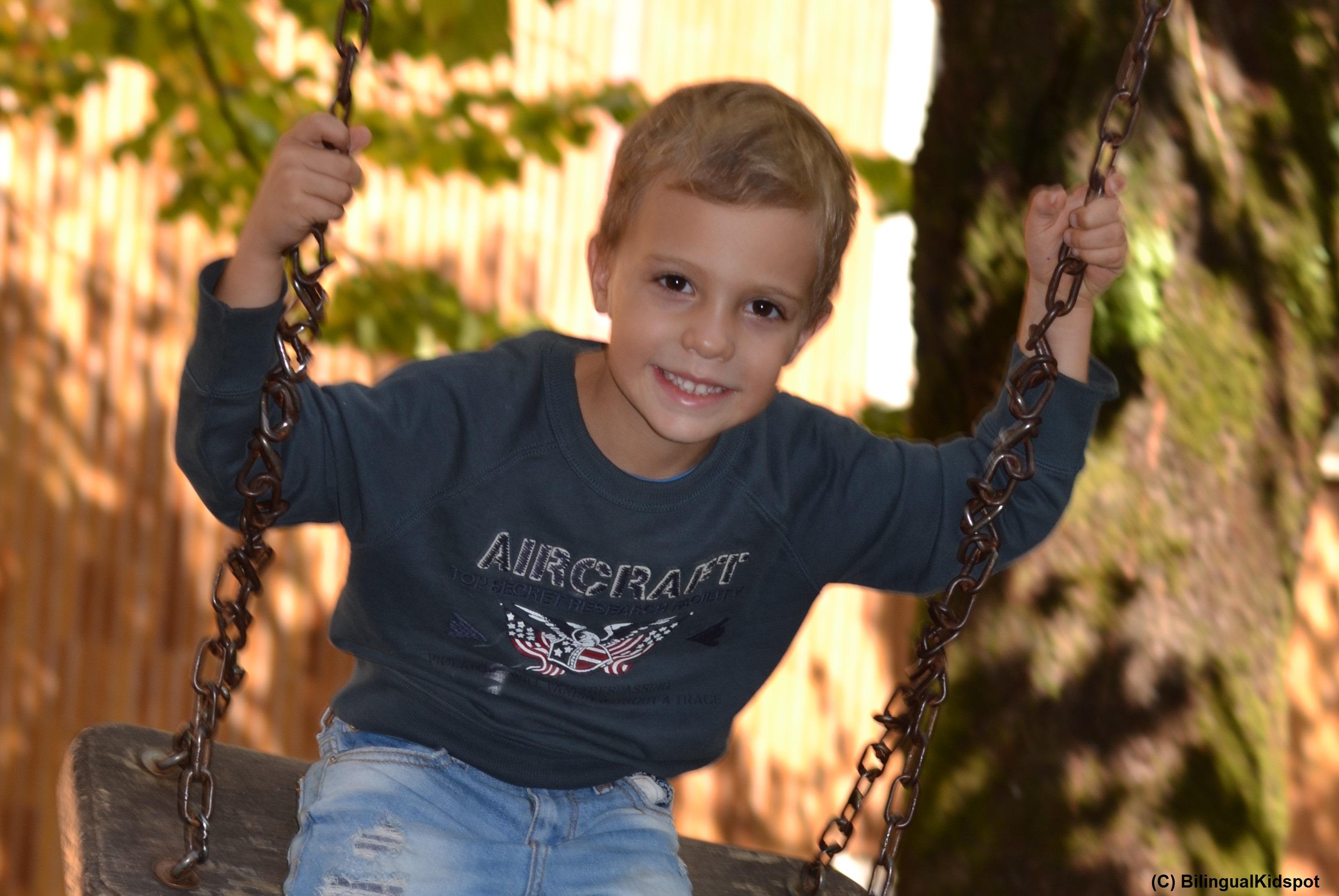 10 Amazing Benefits of Being Bilingual | Bilingual Kidspot